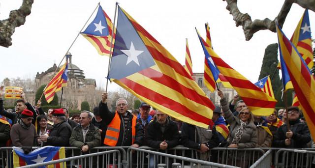 Il referendum sull'indipendenza della Catalogna e il caos politico che ne è seguito ci hanno insegnato essenzialmente tre cose. Ecco quali.