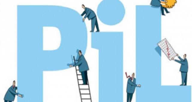 Secondo le stime del Fondo Monetario Internazionale il Pil ed il debito pubblico italiano saliranno e il tasso di disoccupazione scenderà.