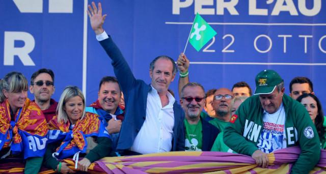 Centro-destra in crisi d'identità sui due referendum di Lombardia e Veneto sull'autonomia fiscale. Dietro la facciata, esplodono tensioni tra e dentro i partiti.