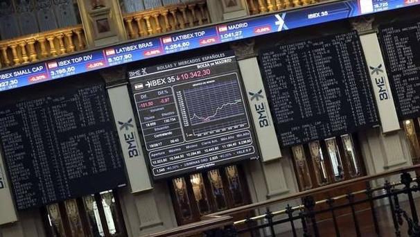 Spread ai minimi dall'avvio del governo Gentiloni e cambio euro-dollaro in calo dopo il board della BCE, che avvia il