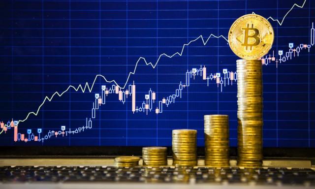 Bitcoin superano quota 11.000 dollari: bolla per fuggire da una bolla?