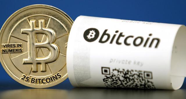 Bitcoin sopra 7.000 dollari