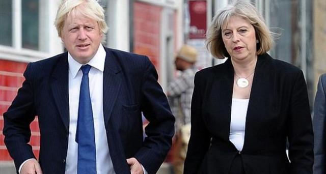 Cade la sterlina sulle divisioni sempre più forti nel governo di Theresa May sulla Brexit. E la sfiducia alla premier sarebbe vicina.