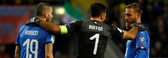 L'esclusione della Nazionale italiana dal Mondiale di Russia segna una pagina nera per il calcio azzurro. Nessuno si assume le proprie responsabilità, ma le dimissioni di Tavecchio e Ventura in sé non bastano.