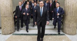 Crisi banche, Renzi attacca Draghi