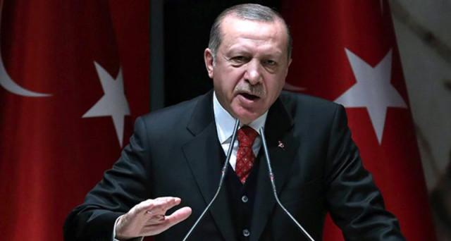 Lira turca ai minimi storici