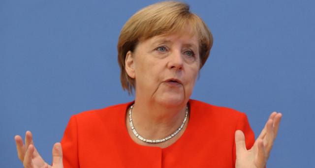L'era Merkel sembra finita, quale che sarà la soluzione alla crisi politica in Germania. E dietro al fallimento delle trattative per il governo si nasconderebbe un piano preciso.