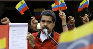 Venezuela tratta con creditori per evitare default