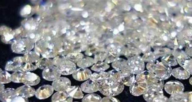 Anche delle banche coinvolte nella truffa dei diamanti, 700 milioni di euro sequestrati e volti noti truffati.