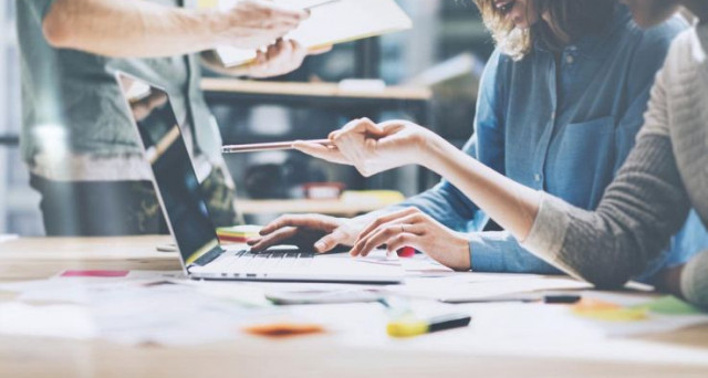 Lo sbarco delle aziende italiane su internet quale strategia per potenziare le esportazioni. Le opinioni di Ego International sulla necessità di puntare sulla digitalizzazione.