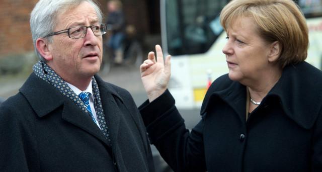 La crisi dell'euro non trova risposte immediate. La Commissione europea presenta le sue proposte di riforma, ma la Germania è divisa e in preda alla peggiore crisi politica da 70 anni.