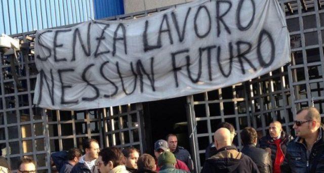 Il lavoro in Italia non offre spunti positivi
