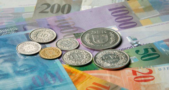 Franco svizzero vicino a quota 1,20 contro euro