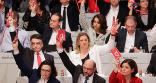 Metà partito volte le spalle a Martin Schulz, SPD