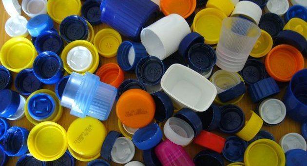 Trovate microplastiche nel sale da cucina: un danno non solo ambientale ma anche economico.