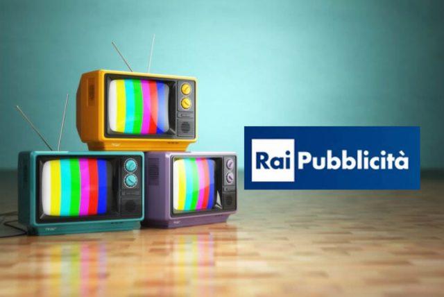 Pubblicità TV, il tetto in Rai divide Berlusconi da Renzi