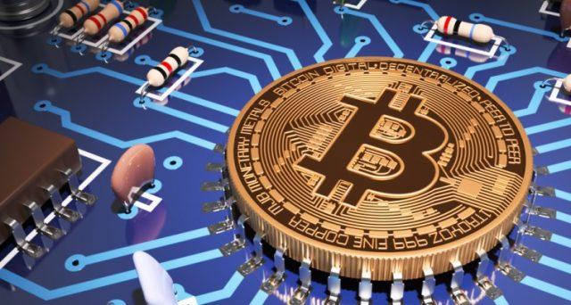 Bitcoin conserva il primato con una quotazione intorno ai 6.700 dollari, in perdita di oltre il 50 per cento rispetto alla quotazione di inizio gennaio.