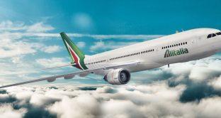 La vendita di Alitalia slitta a dopo le elezioni, se ci sarà