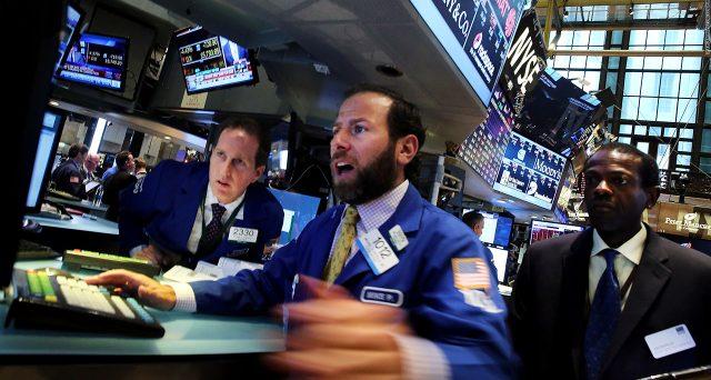 Mercati azionari in calo sui timori per il rialzo dei rendimenti obbligazionari. Vediamo perché e cosa potrebbe accadere nei prossimi mesi.