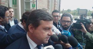 Caso Embraco, licenziamenti mandano in bestia il ministro Calenda