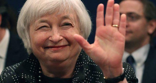 Dollaro ai minimi da 39 mesi con l'addio della Yellen alla Fed