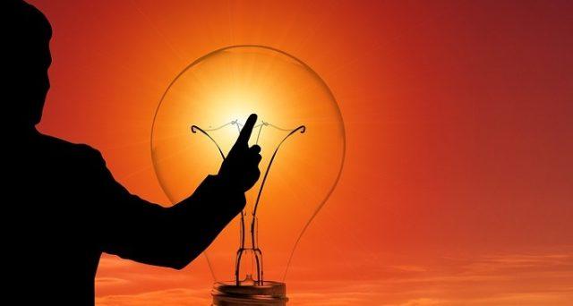 Le bollette luce e gas in Italia subiranno dei rincari da ottobre mentre una ricerca di Facile.it mostra quanto pagheremmo considerando le tariffe europee.