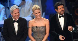 Anche la terza serata del Festival di Sanremo 2018 ha avuto ascolti altissimi. Meglio ha fatto solo Fabio Fazio nel 1999. E la corsa per la vittoria sarebbe ristretta solo a due.