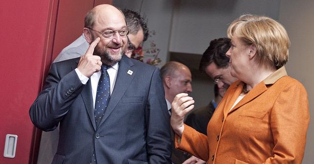 Il cambio euro-dollaro non segnala movimenti marcati dopo l'annuncio delle larghe intese in Germania, le terze dell'era Merkel. Cosa significa?
