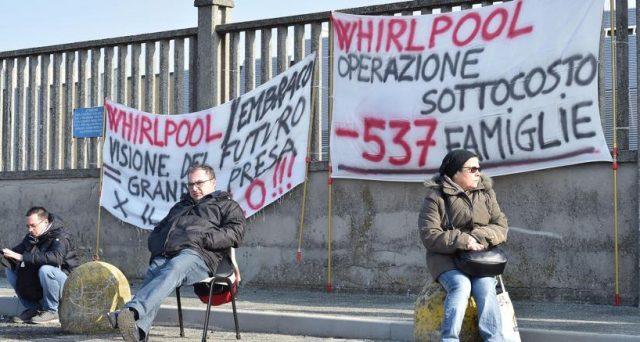 Il caso Embraco e il licenziamento di quasi 500 dipendenti fanno parlare da settimane, ma in Italia muoiono 35 imprese al giorno e nessuno ne parla, girandosi dall'altra parte.