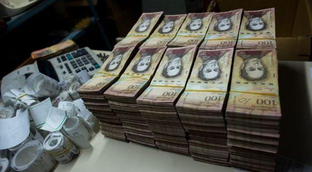 Il Venezuela svaluta il bolivar del 90%