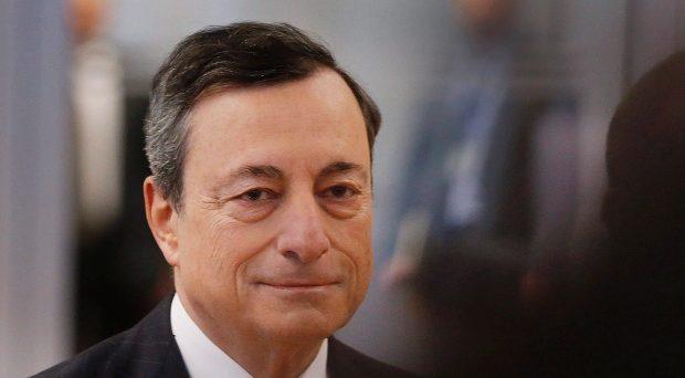 Quantitative easing al test del board BCE di oggi. Il governatore Mario Draghi potrebbe mostrarsi più accomodante delle attese e i dazi di Trump allontanerebbero l'uscita dagli stimoli nell'area.