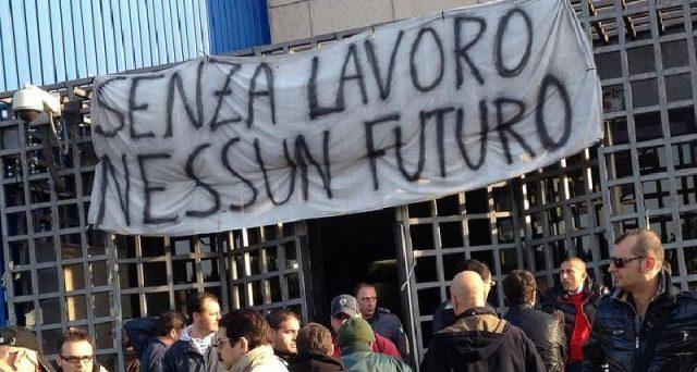 Il lavoro al sud lo porterebbe la fine della contrattazione collettiva nazionale. Bisogna prendere atto che in Italia coesistono due mercati e che anche le regole devono rispecchiare tale divergenza.