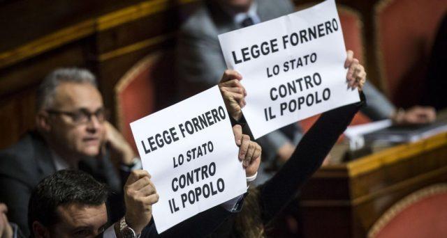 Legge Fornero a rischio cancellazione con la vittoria di Lega e Movimento 5 Stelle alle elezioni? Molto dipende da chi andrà al governo. Nel frattempo, le resistenze già si rivelano forti.