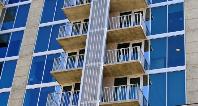 Ecco come sarà la casa del futuro secondo Ikea, vivremo in Monolocali metropolitani e senza auto.