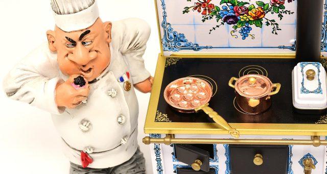 Qual è il motivo per cui i top chef stellati stanno rendendo la loro cucina democratica, infischiandosene delle stelle Michelin?