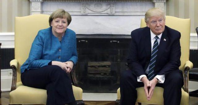 Donald Trump e Angela Merkel s'incontrano oggi alla Casa Bianca. La cancelliera sarà ricevuta per poco, mentre il presidente francese Emmanuel Macron è rimasto in vista ufficiale per 3 giorni.