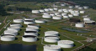 Petrolio USA quota al massimo sconto da 3 mesi sul Brent