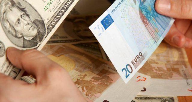 Cambio euro-dollaro ai minimi da gennaio e lo spread tra Treasury e Bund autorizza a ipotizzare un ulteriore indebolimento della moneta unica. Ma cosa