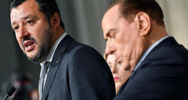 Silvio Berlusconi ha le spalle al muro: o accetta di appoggiare dall'esterno un governo tra Lega e 5 Stelle o dovrà affrontare una probabile disfatta elettorale di Forza Italia con le urne estive o in autunno.