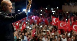 Lira turca quasi a un cambio di 5 contro il dollaro