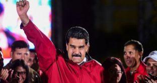 Il Venezuela rinnova la fiducia al dittatore Nicolas Maduro, anche se l'affluenza ai seggi ieri è stata scarsa sul boicottaggio delle opposizioni. Il regime