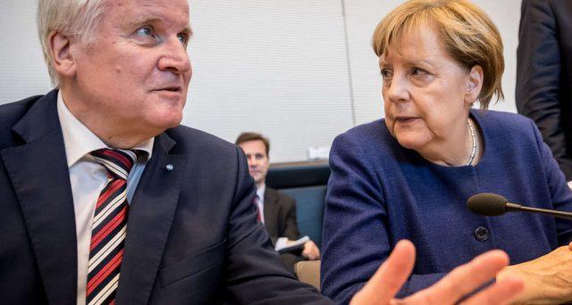 Sull'euro è scontro in casa della cancelliera Merkel. I conservatori bavaresi, già in agitazione sul capitolo immigrazione, adesso contrastano le riforme di Macron.