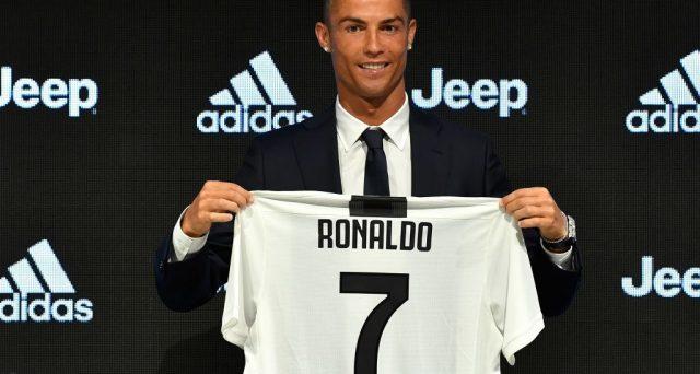 Cristiano Ronaldo alla Juve un investimento non solo sportivo. Ecco i numeri social della persona più seguita al mondo sul web.