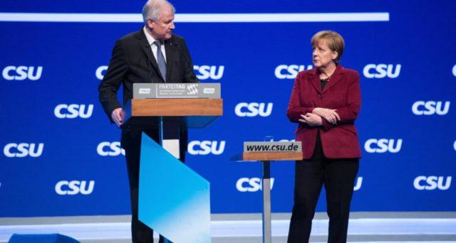 Accordo tra cancelliera Merkel e ministro dell'Interno sui migranti. Eppure, si tratta di un rinvio della resa dei conti nel centro-destra tedesco, mentre la leadership della Germania arretra ogni giorno di più in Europa.