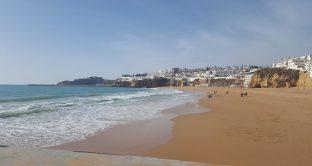 Pensionati italiani in Portogallo, la situazione ad Algarve