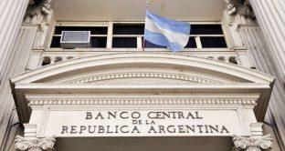 L'Argentina alza i tassi al 45%