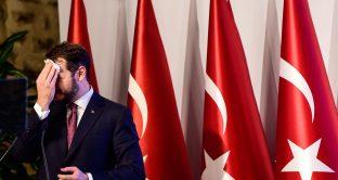 Lira turca di nuovo crollata contro il dollaro