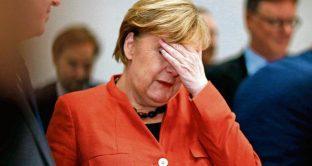 La Merkel frana nei sondaggi sempre più