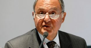 """Il piano Savona sul deficit """"dinamico"""""""