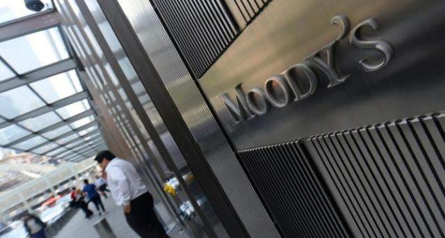 Moody's ha declassato i BTp a un gradino sopra il livello